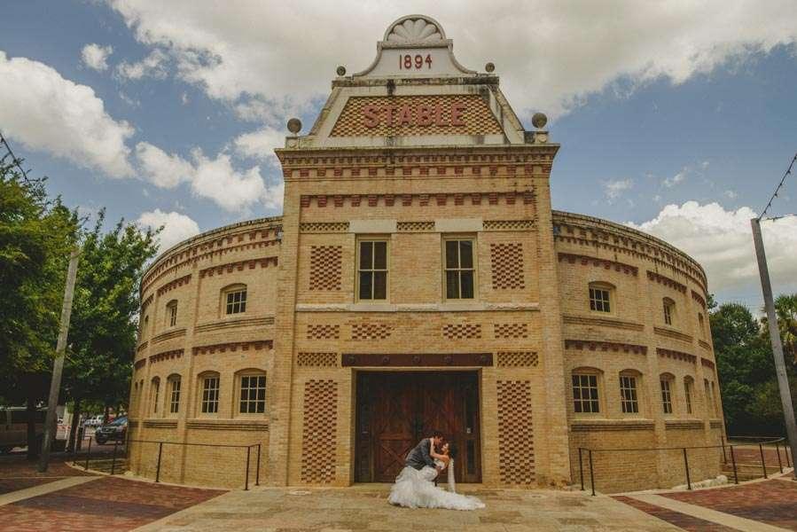 nia-and-robert-san-antonio-wedding-12