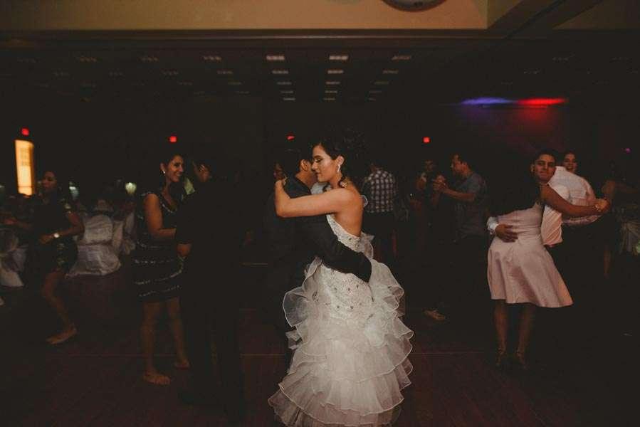 nia-and-robert-san-antonio-wedding-19