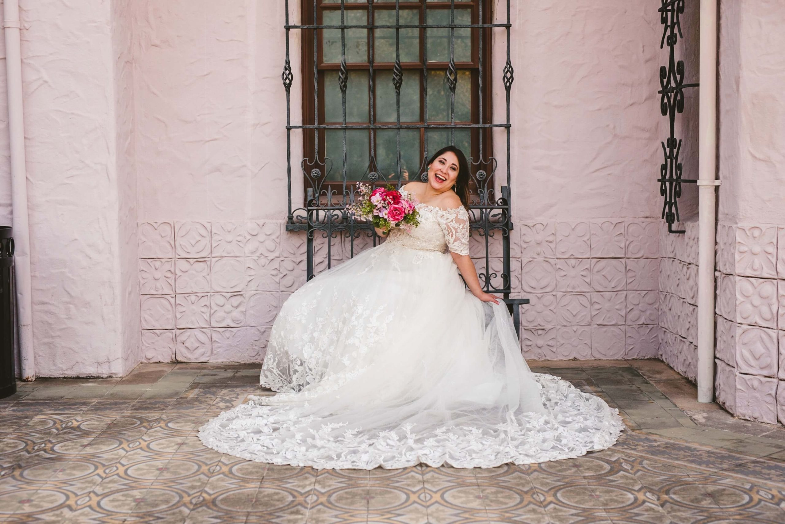 Bridal Portraits at McNay Art Museum San Antonio, Texas
